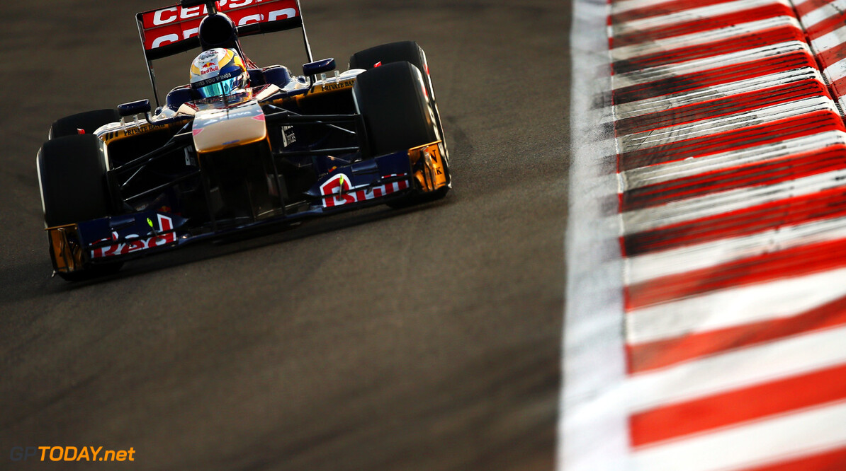 166989337XX00177_F1_Grand_P ABU DHABI, UNITED ARAB EMIRATES - NOVEMBER 02:  Jean-Eric Vergne of France and Scuderia Toro Rosso drives during qualifying for the Abu Dhabi Formula One Grand Prix at the Yas Marina Circuit on November 2, 2013 in Abu Dhabi, United Arab Emirates.  (Photo by Clive Mason/Getty Images) *** Local Caption *** Jean-Eric Vergne F1 Grand Prix of Abu Dhabi - Qualifying Clive Mason Abu Dhabi United Arab Emirates