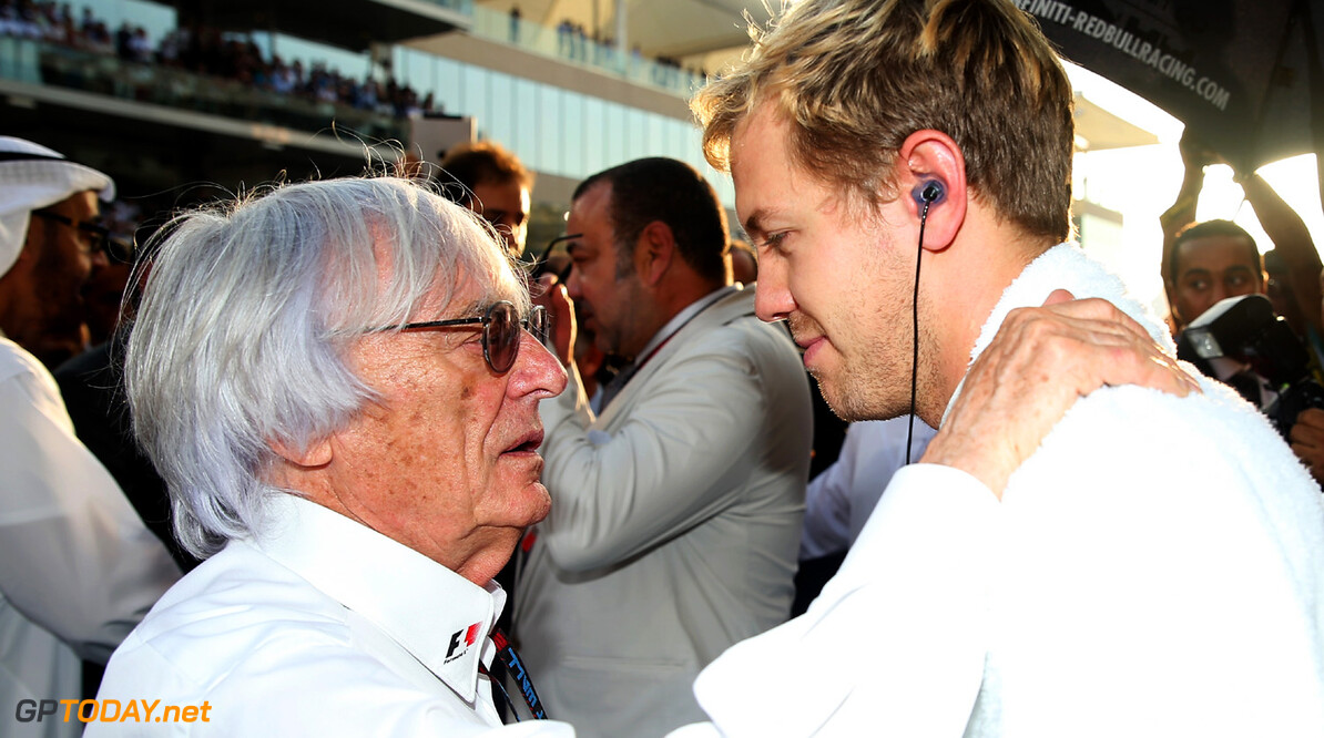 Ecclestone pokes fun at bribery trial in Xmas card
