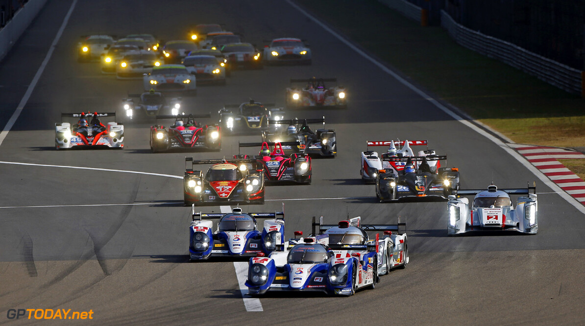 MOTORSPORT - WORLD ENDURANCE CHAMPIONSHIP 2013 - 6 HOURS OF SHANGHAI - CHINA - 7 TO 10/11/2013 - PHOTO JEAN MICHEL LE MEUR / DPPI - START / ACTION 07 WURZ ALEXANDER (AUT) - LAPIERRE NICOLAS (FRA) / WEC LMP1 / TOYOTA TS 030 HYBRID TEAM TOYOTA RACING / ACTION AUTO - WEC 6 HOURS OF SHANGHAI 2013 JEAN MICHEL LE MEUR SHANGHAI CHINA  6 HEURES DU SHANGHAI 6H 6H DU SHANGHAI ASIE Auto Car ELMS ilmc LE MANS MOTORSPORTS series Sport