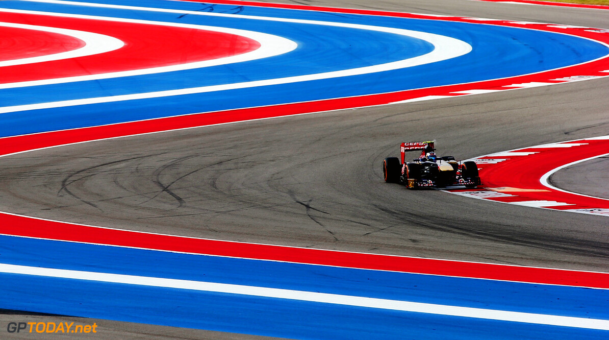 166989396KR00061_F1_Grand_P AUSTIN, TX - NOVEMBER 16:  Daniel Ricciardo of Australia and Scuderia Toro Rosso drives during the final practice session prior to qualifying for the United States Formula One Grand Prix at Circuit of The Americas on November 16, 2013 in Austin, United States.  (Photo by Mark Thompson/Getty Images) *** Local Caption *** Daniel Ricciardo F1 Grand Prix of USA - Qualifying Mark Thompson Austin United States  F1 Formula One