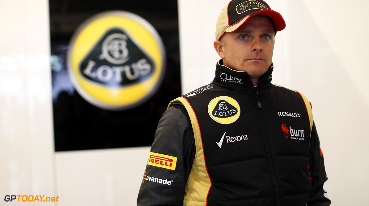 Kovalainen reacts calmly to Briatore criticism