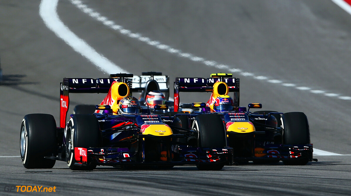 166989404KR00062_F1_Grand_P AUSTIN, TX - NOVEMBER 17:  (L-R) Sebastian Vettel of Germany and Infiniti Red Bull Racing leads from team mate Mark Webber of Australia and Infiniti Red Bull Racing towards the first corner at the start of the United States Formula One Grand Prix at Circuit of The Americas on November 17, 2013 in Austin, United States.  (Photo by Paul Gilham/Getty Images) *** Local Caption *** Sebastian Vettel; Mark Webber F1 Grand Prix of USA - Race Paul Gilham Austin United States  F1 Formula One