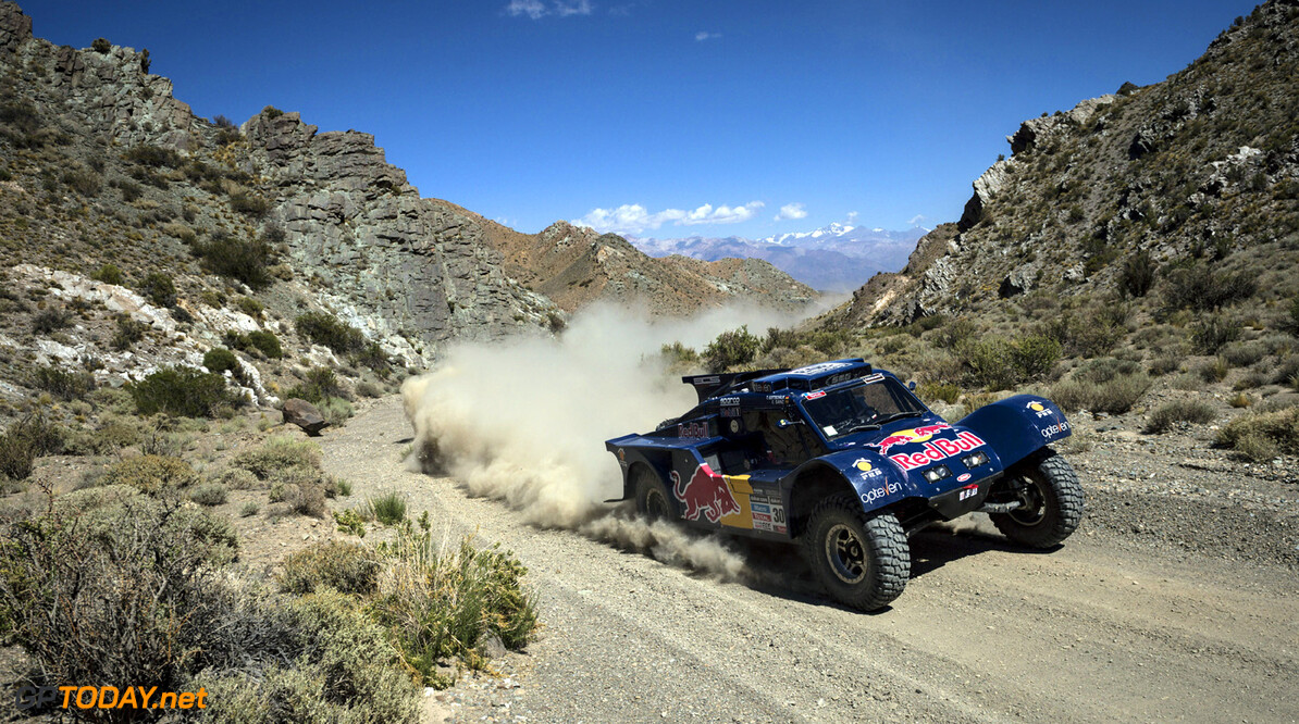 Carlos Sainz (driver) and Timo Gottschalk (co-driver) race during the 3rd stage of Dakar Rally from San Rafael to San Juan, Argentina on January 7th, 2014 // Marcelo Maragni/Red Bull Content Pool // P-20140107-00337 // Usage for editorial use only // Please go to www.redbullcontentpool.com for further information. //  Carlos Sainz - Action  San Rafael Argentina  P-20140107-00337