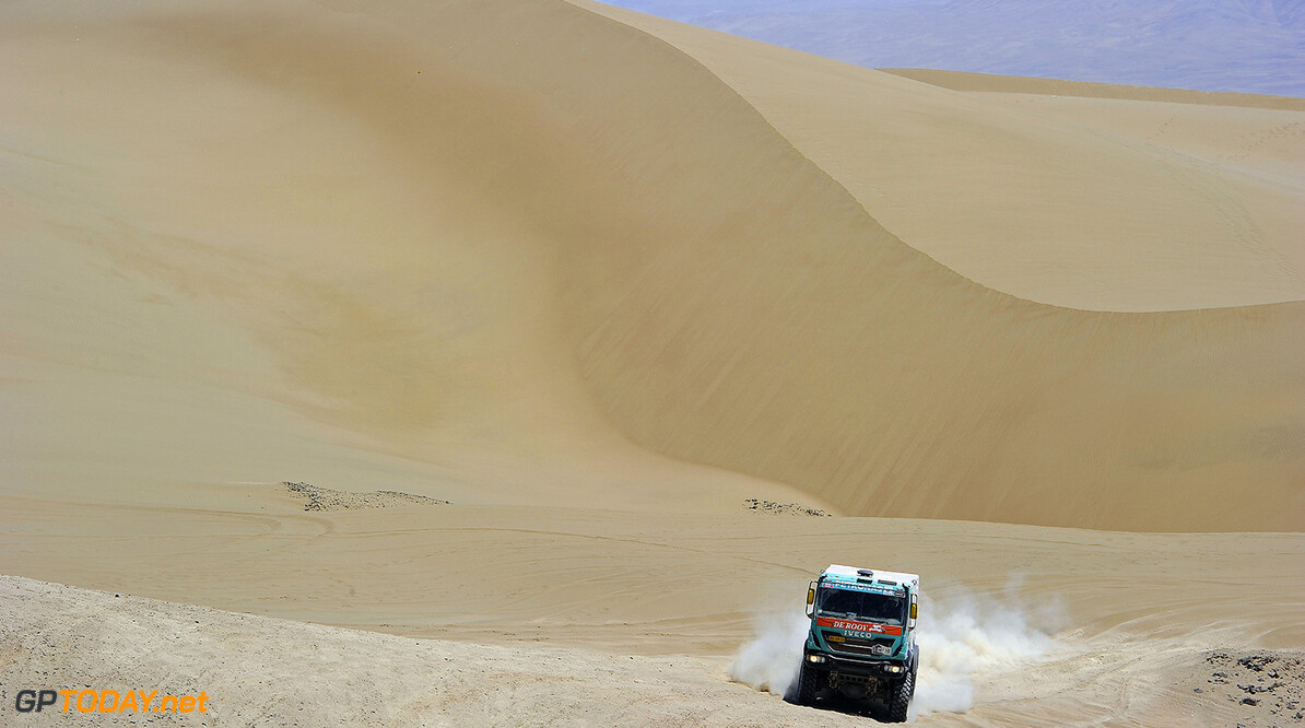 MOTORSPORT - DAKAR ARGENTINA BOLIVIA CHILE  2014 - STAGE 9 / ETAPE 9 - CALAMA (CHI) - IQUIQUE (CHI) - 14/01/2014 - PHOTO ERIC VARGIOLU / DPPI  - 507	STACEY HANS (NLD) / RUF DETLEF / DER KINDEREN BERNARD - IVECO - ACTION MOTORSPORT -  DAKAR 2014 PART 2 ERIC VARGIOLU CALAMA CHILE  2014 ARGENTINA ARGENTINE Auto Car CHILE CHILI DAKAR MOTOR Motorsport OFF ROAD OFFROAD rally RALLY RAID RALLYE RALLYE RAID RALLYRAID Sport VERIFICATION TECHNIQUE SCRUTINER ETAPE 1 FIRST DAY DEPART START