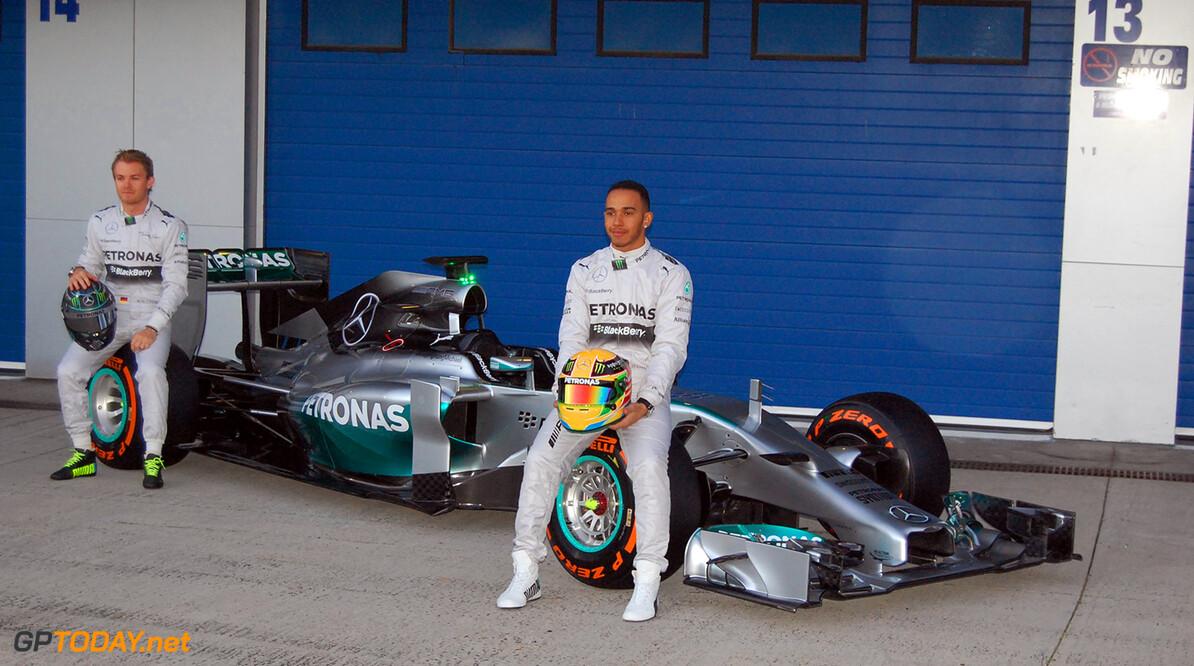 Mercedes toont W05 in Jerez