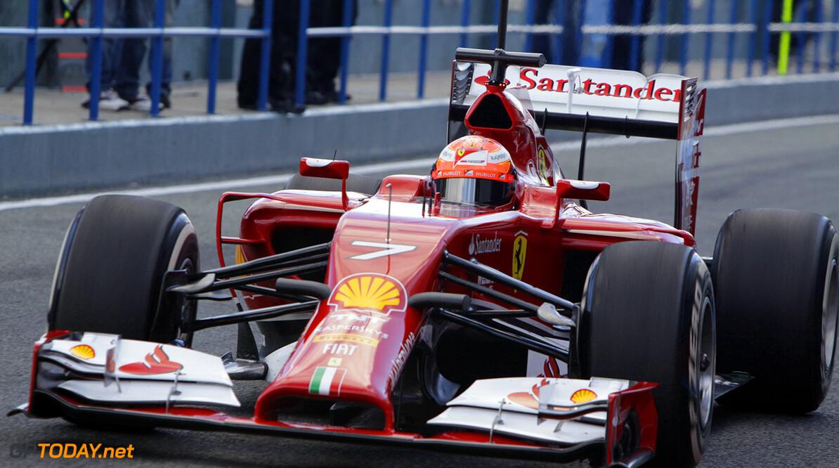 Mercedes en Ferrari in het voordeel met lage brede neuzen