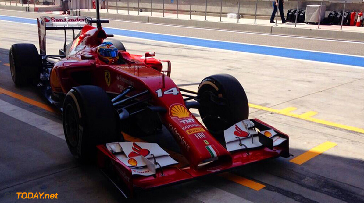 Testupdate: Alonso leidt de dans halverwege dag 2