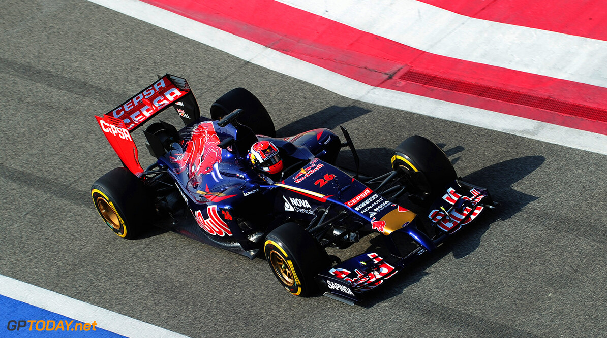 474101321XX00024_F1_Testing BAHRAIN, BAHRAIN - FEBRUARY 27:  Daniil Kvyat of Russia and Scuderia Toro Rosso drives during day one of Formula One Winter Testing at the Bahrain International Circuit on February 27, 2014 in Bahrain, Bahrain.  (Photo by Shaun Botterill/Getty Images) *** Local Caption *** Daniil Kvyat F1 Testing in Bahrain - Day One Shaun Botterill Bahrain Bahrain  Formula One Racing