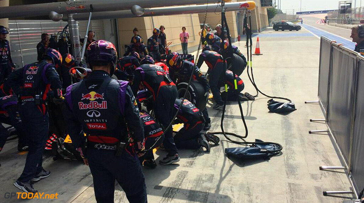 Red Bull using electric motor for pitstop practice