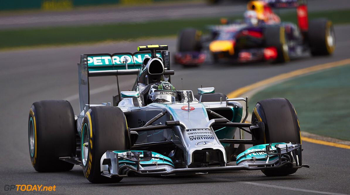 Mercedes dringt aan op extra sancties voor Red Bull Racing