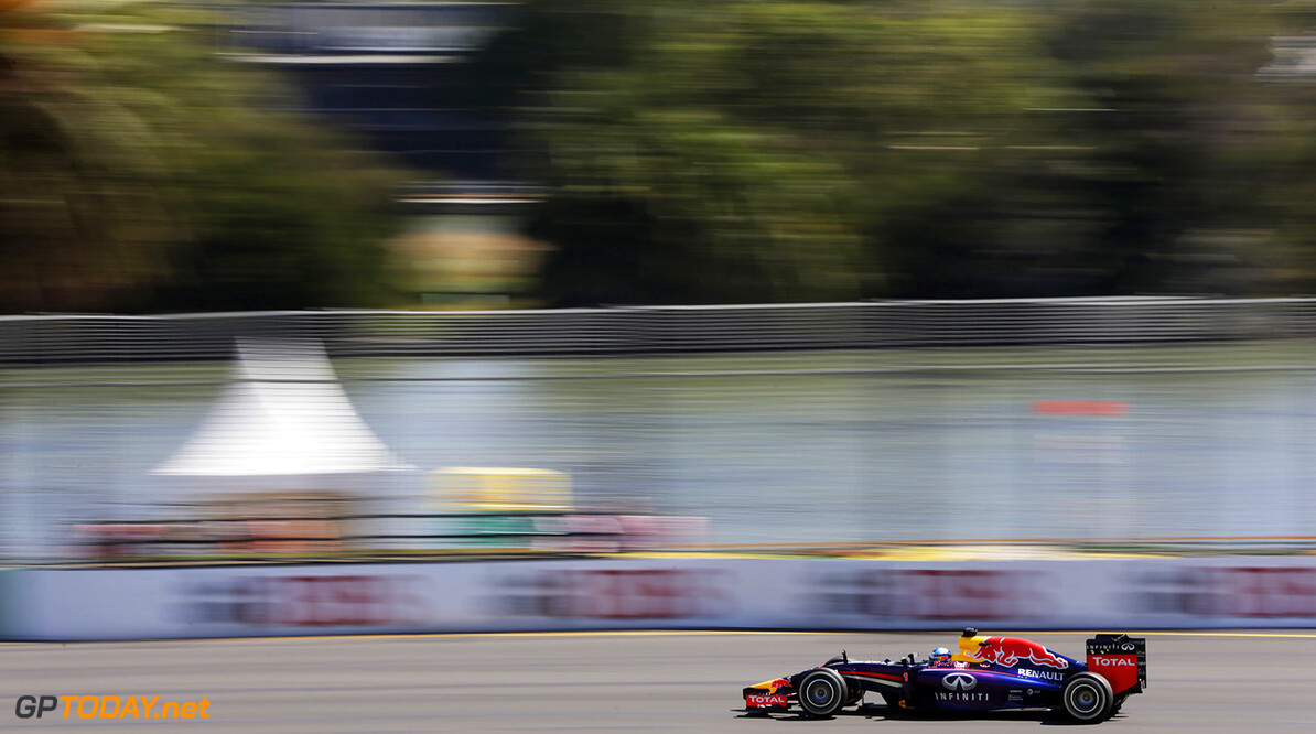477191357KR00534_Australian MELBOURNE, VICTORIA - MARCH 14:  Sebastian Vettel of Germany and Infiniti Red Bull Racing drives during practice for the Australian Formula One Grand Prix at Albert Park on March 14, 2014 in Melbourne, Australia.  (Photo by Andrew Hone/Getty Images) *** Local Caption *** Sebastian Vettel Australian F1 Grand Prix - Practice Andrew Hone Melbourne Australia  Formula One Racing formula 1 Auto Racing Formula 1 Australian Grand Prix Australian Formula One Grand Prix Formula One Grand Prix Australia F1 Grand Prix action