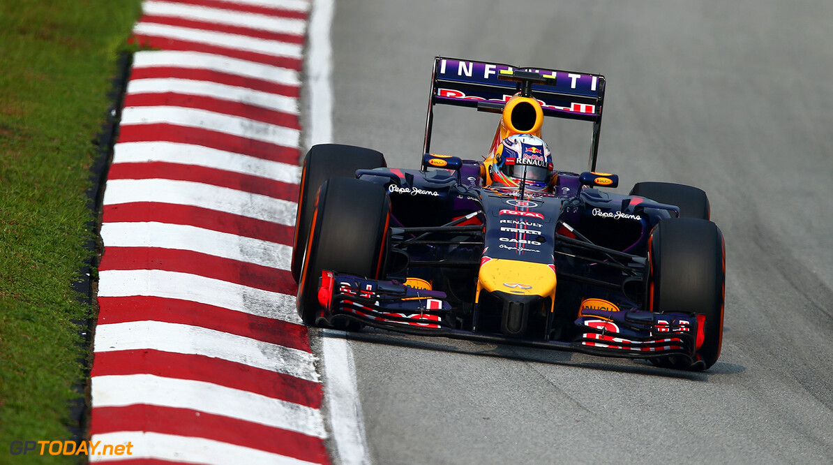 479868513MT00199_F1_Grand_P KUALA LUMPUR, MALAYSIA - MARCH 30:  Sebastian Vettel of Germany and Infiniti Red Bull Racing drives during the Malaysia Formula One Grand Prix at the Sepang Circuit on March 30, 2014 in Kuala Lumpur, Malaysia.  (Photo by Clive Mason/Getty Images) *** Local Caption *** Sebastian Vettel F1 Grand Prix of Malaysia - Race Clive Mason Kuala Lumpur Malaysia  Formula One Racing formula 1 Auto Racing Malaysia F1 Grand Prix Malaysian Formula One Grand Prix Formula One Grand Prix
