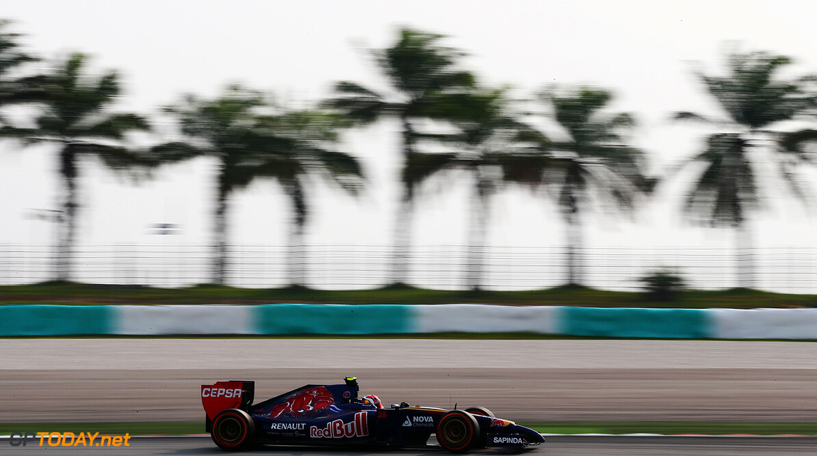 479868513KR00071_F1_Grand_P KUALA LUMPUR, MALAYSIA - MARCH 30:  Daniil Kvyat of Russia and Scuderia Toro Rosso drives during the Malaysia Formula One Grand Prix at the Sepang Circuit on March 30, 2014 in Kuala Lumpur, Malaysia.  (Photo by Clive Mason/Getty Images) *** Local Caption *** Daniil Kvyat F1 Grand Prix of Malaysia - Race Clive Mason Kuala Lumpur Malaysia  Formula One Racing formula 1 Auto Racing Malaysia F1 Grand Prix Malaysian Formula One Grand Prix Formula One Grand Prix