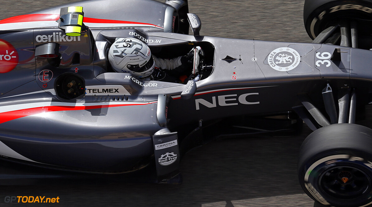 Giedo van der Garde, Sauber F1, Bahrain International Circuit, Bahrain. (C)Frits van Eldik Giedo van der Garde Frits van Eldik  Bahrain  Formule 1 Formula 1 FIA Bahrain Bahrain International Circuit Sauber F1 Giedo van der Garde