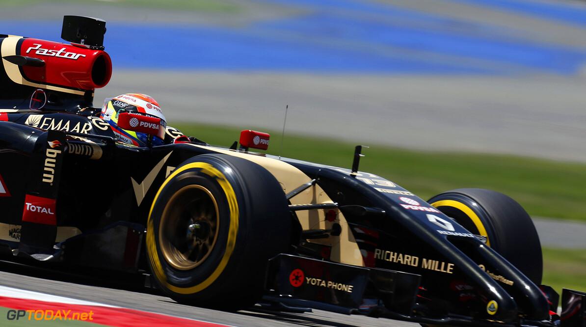 2014 In-Season Test 1. Bahrain International Circuit, Sakhir, Bahrain. Tuesday 08 April 2014. Pastor Maldonado, Lotus E22 Renault. World Copyright: Alastair Staley/Lotus F1.. ref: Digital Image _R6T6557.JPG  Al Staley    testing test action