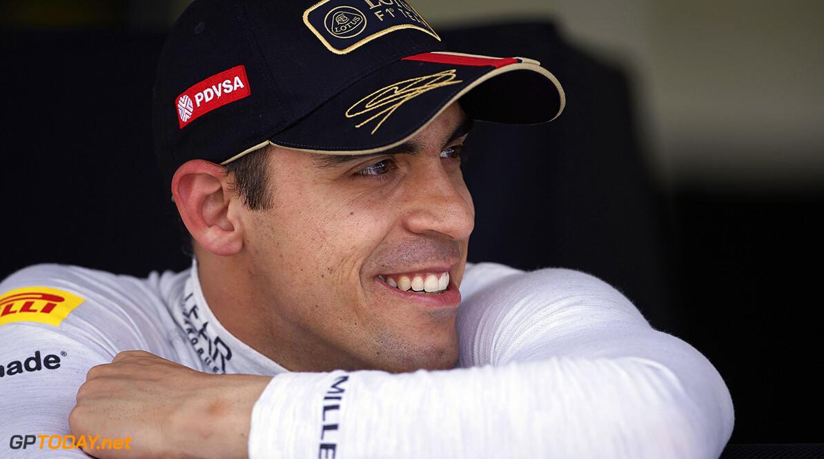 2014 In-Season Test 1. Bahrain International Circuit, Sakhir, Bahrain. Tuesday 8 April 2014. Pastor Maldonado, Lotus F1. World Copyright: Steve Etherington/Lotus F1.. ref: Digital Image SNE26116      testing test portrait