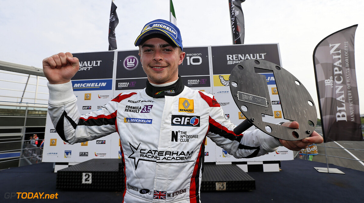 Will Stevens (Gbr), Strakka Racing (Gbr), Ambiance, Portrait Winner Of The First Race during the 2014  of World Series by Renault,  FR 35 race on April 13, 2014 in Monza, Italy. Photo Alexandre Guillaumot / DPPI AUTO - WSR FR 3.5 MONZA 2014 ALEXANDRE GUILLAUMOT MONZA ITALIE  Auto Car FR Formula Renault FR 3.5 MONOPLACE Motorsport Race UNIPLACE WSR WORLD SERIES BY RENAULT 2014 APRIL AVRIL
