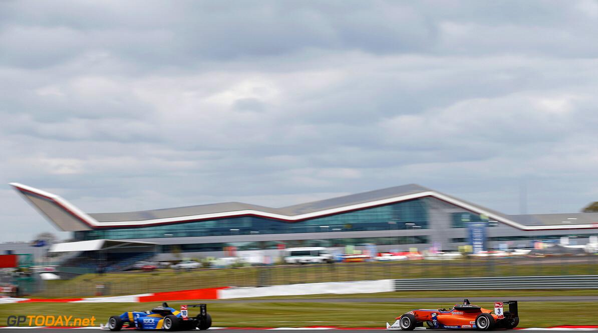 FIA Formula 3 European Championship, round 1, race 2, Silverston 10 John Bryant-Meisner (SWE, Fortec Motorsports, Dallara F312 - Mercedes), 3 Lucas Auer (AUT, kfzteile24 Mucke Motorsport, Dallara F312 - Mercedes), FIA Formula 3 European Championship, round 1, race 2, Silverstone (GBR) - 18. - 20. April 2014 FIA Formula 3 European Championship, round 1, race 2, Silverstone (GBR) Thomas Suer Silverstone Great Britain