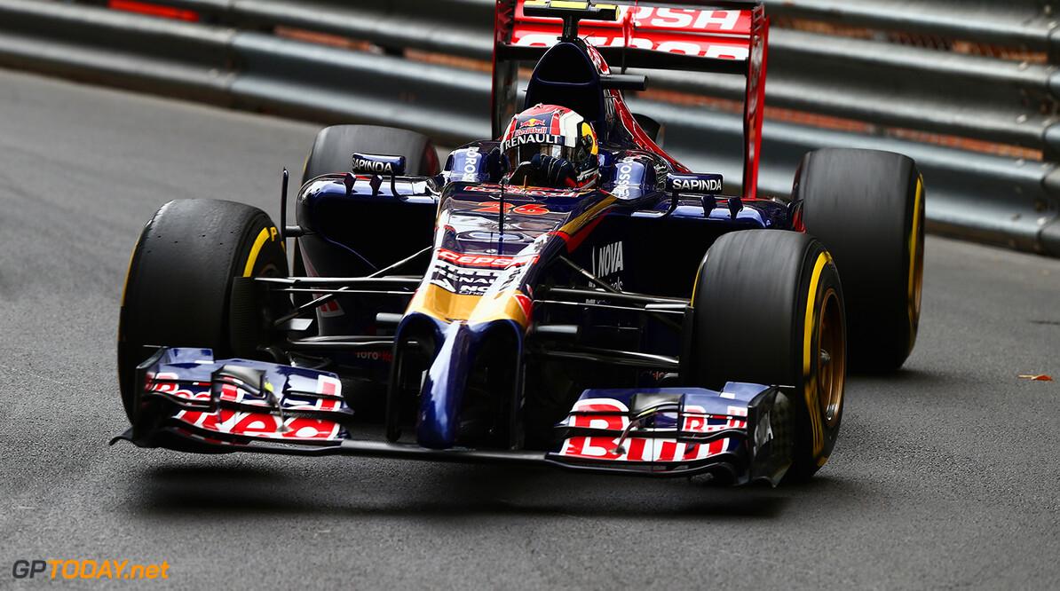 Kvyat kijkt uit naar gevecht met Ricciardo