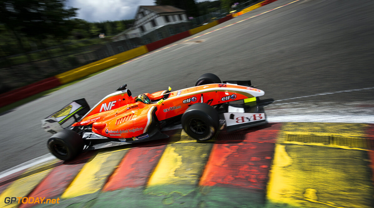 19 VISSER Beitske (Ned) Formula Renault 3.5 Avf action during the 2014 World Series by Renault, on from may 30th to June 1st  2014, at Spa Francorchamps, Belgium. Photo Antonin Grenier / DPPI AUTO - WSR SPA-FRANCORCHAMPS 2014 ANTONIN GRENIER SPA-FRANCORCHAMPS BELGIQUE  2014 AUTO BELGIQUE Car FORMULA RENAULT FR FR 3.5 MAY MONOPLACE MOTORSPORT Mai Race UNIPLACE WORLD SERIES BY RENAULT WSR