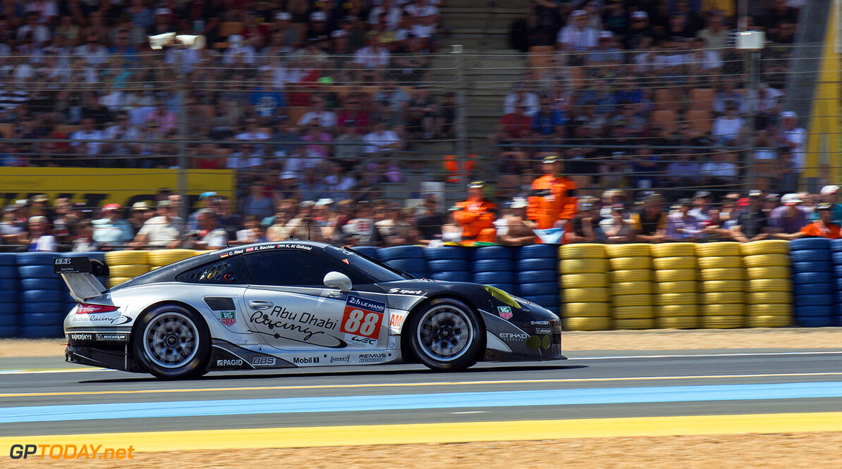 CAR #88 LMGTE AM (WEC) PROTON COMPETITION DURING THE RACE - 24 HEURES DU MANS 2014  Prudencio CASALES    #88 PROTON COMPETITION (GER) PORSCHE 911 RSR 2014 24 HOURS OF LE MANS (FRA) ENDURANCE FIA WORLD ENDURANCE CHAMPIONSHIP MOTORSPORT WEC