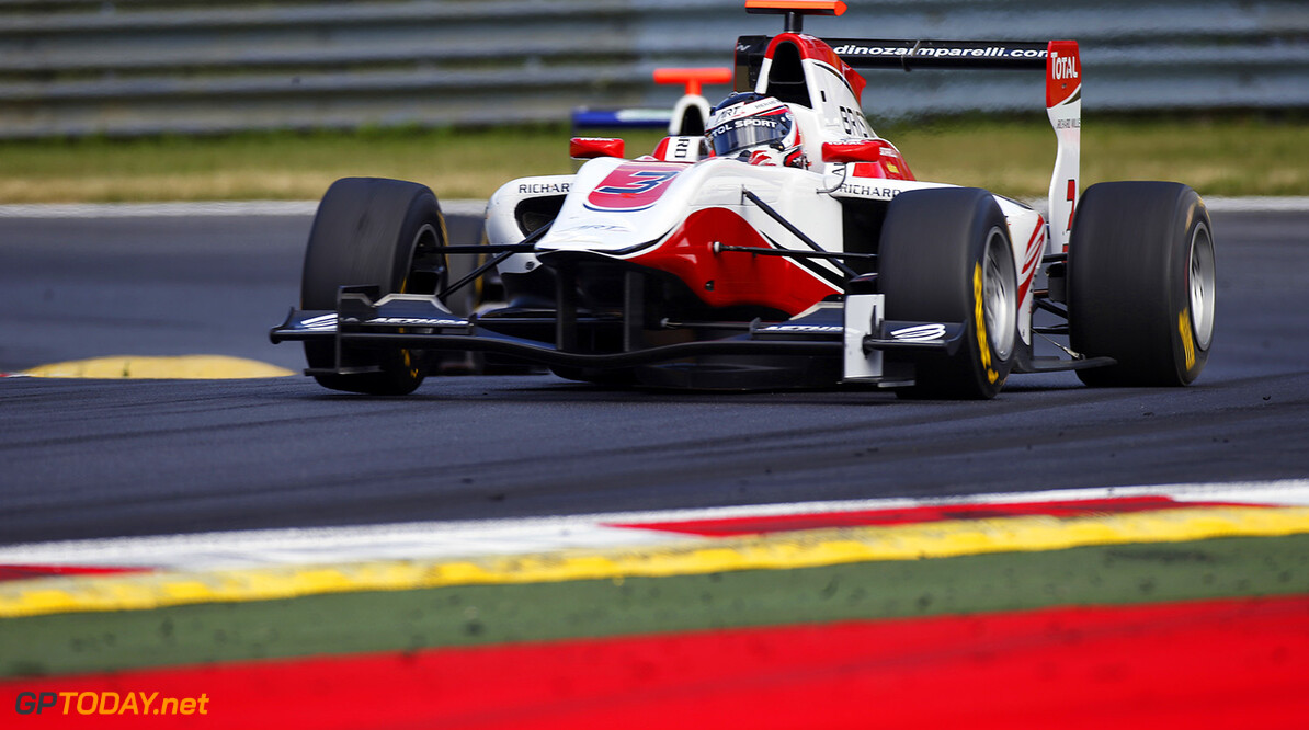 _89P7096.jpg 2014 GP3 Series Round 2.