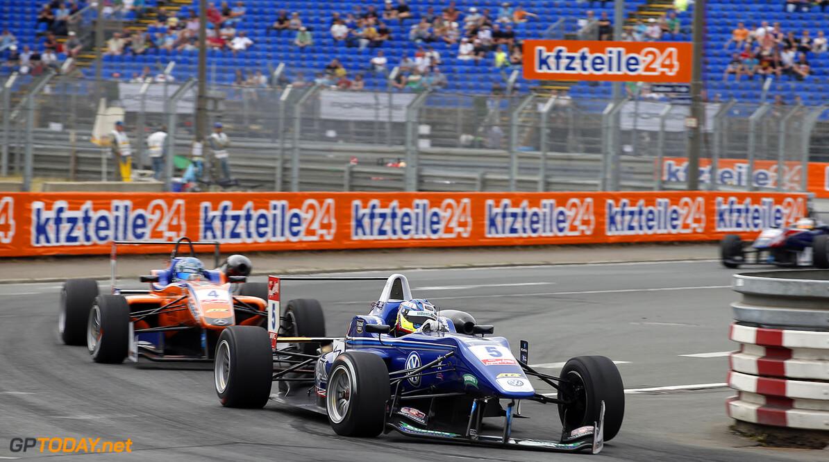 FIA Formula 3 European Championship, round 6, race 1, Norisring 5 Jordan King (GBR, Carlin, Dallara F312 - Volkswagen), 4 Roy Nissany (ISR, kfzteile24 Mucke Motorsport, Dallara F312 - Mercedes), FIA Formula 3 European Championship, round 6, race 1, Norisring (GER) - 27. - 29. June 2014 FIA Formula 3 European Championship, round 6, race 1, Norisring (GER) Thomas Suer Nuremberg Germany
