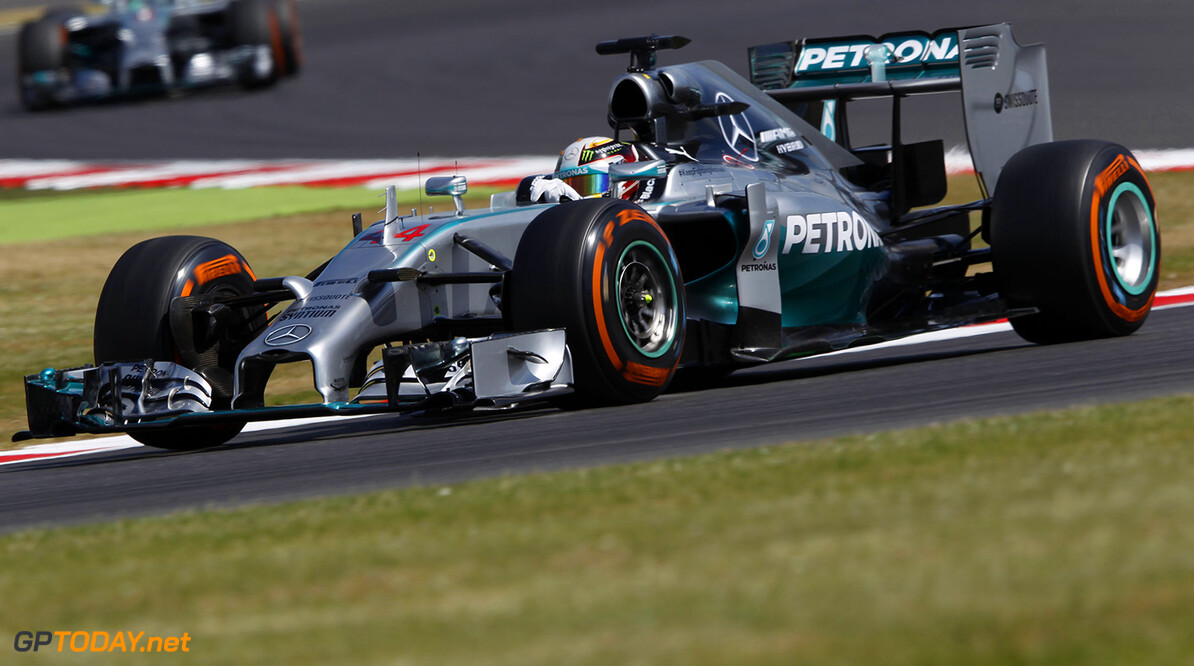 Mercedes duo tussle as title battle steps up a gear