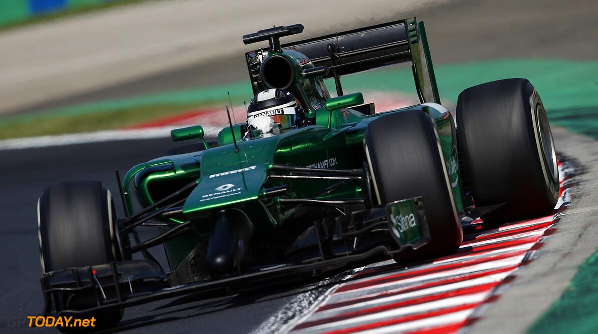 Kobayashi likes the idea of three-car top teams for 2015