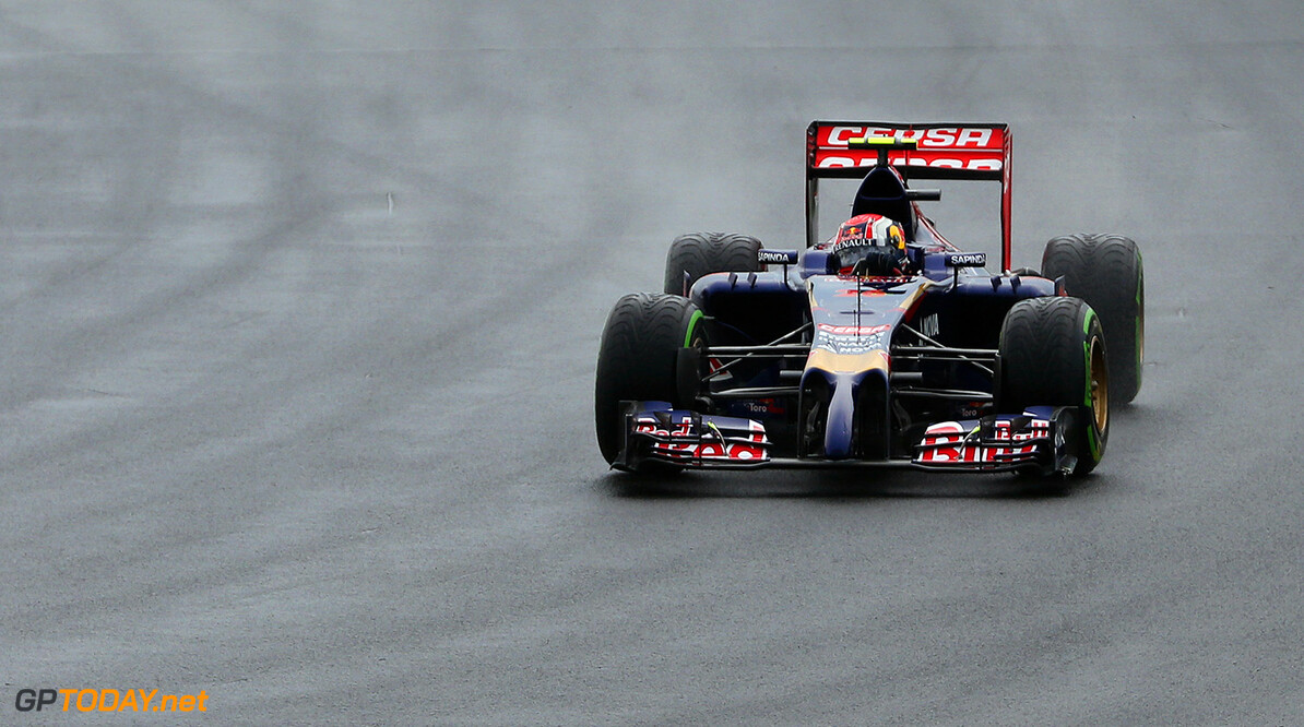 BUDAPEST, HUNGARY - JULY 27:  Daniil Kvyat of Russia and Scuderia Toro Rosso enters turn one during the Hungarian Formula One Grand Prix at Hungaroring on July 27, 2014 in Budapest, Hungary.  (Photo by Mark Thompson/Getty Images) *** Local Caption *** Daniil Kvyat F1 Grand Prix of Hungary Mark Thompson Budapest Hungary  Formula One Racing formula 1 Auto Racing Formula One Grand Prix