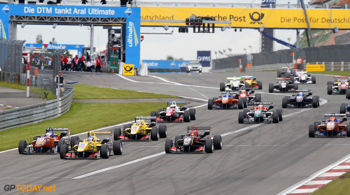 FIA Formula 3 European Championship, round 9, race 3, Nurburgri Start of the race, 31 Tom Blomqvist (GBR, Jagonya Ayam with Carlin, Dallara F312 - Volkswagen), taking the lead from 27 Felix Rosenqvist (SWE, kfzteile24 Mucke Motorsport, Dallara F312 - Mercedes), 19 Antonio Giovinazzi (ITA, Jagonya Ayam with Carlin, Dallara F312 - Volkswagen), 2 Esteban Ocon (FRA, Prema Powerteam, Dallara F312 - Mercedes), FIA Formula 3 European Championship, round 9, race 3, Nurburgring (GER) - 15. - 17. August 2014 FIA Formula 3 European Championship, round 9, race 3, Nurburgring (GER) Thomas Suer Nurburg Germany
