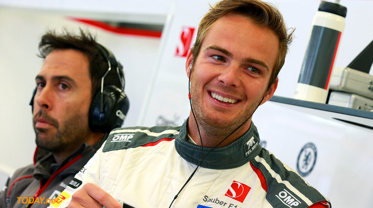 'Sauber assures Van der Garde of race seat for 2015'
