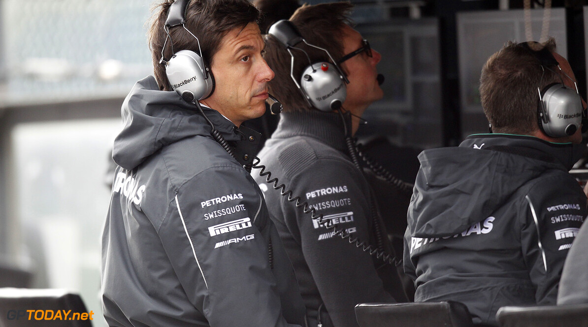 Relaxing engine freeze talk 'absolute nonsense' - Wolff