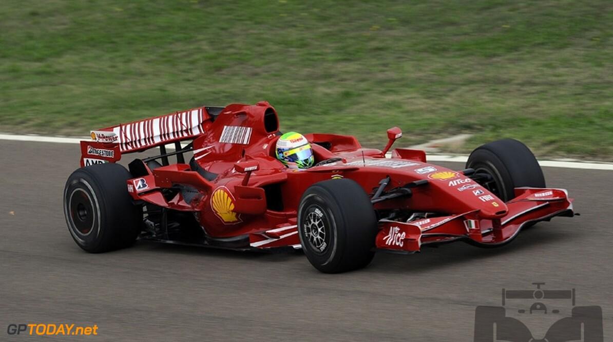Felipe Massa kruipt weer achter het stuur van F2007