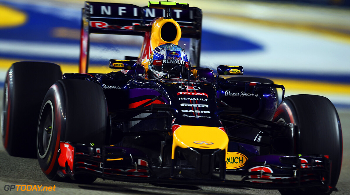 SINGAPORE - SEPTEMBER 19:  Sebastian Vettel of Germany and Infiniti Red Bull Racing drives during practice ahead of the Singapore Formula One Grand Prix at Marina Bay Street Circuit on September 19, 2014 in Singapore, Singapore.  (Photo by Lars Baron/Getty Images) *** Local Caption *** Sebastian Vettel F1 Grand Prix of Singapore - Practice Lars Baron Singapore Singapore  Formula One Racing formula 1 Auto Racing Formula One Grand Prix Marina Bay Street Circuit Singapore Grand Prix