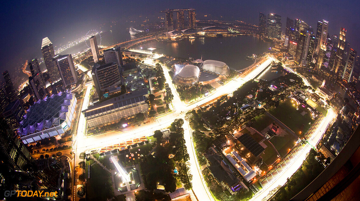 Formula one - Singapore Grand Prix 2014 - Thursday general view over the Marina Bay Street Circuit from the Swissotel The Stamford - Formula1 World Championship 2014 - Rd14, Singapore Grand Prix at Marina Bay Street Circuit, Singapore, Thursday 18th September 2014 +++ Photo: RACE-PRESS +++ 