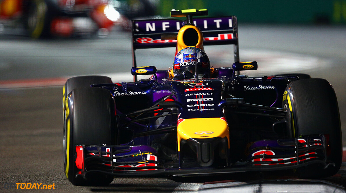 SINGAPORE - SEPTEMBER 21:  Daniel Ricciardo of Australia and Infiniti Red Bull Racing drives during the Singapore Formula One Grand Prix at Marina Bay Street Circuit on September 21, 2014 in Singapore, Singapore.  (Photo by Clive Mason/Getty Images) *** Local Caption *** Daniel Ricciardo F1 Grand Prix of Singapore Clive Mason Singapore Singapore  Formula One Racing formula 1 Auto Racing Formula One Grand Prix Marina Bay Street Circuit Singapore Grand Prix