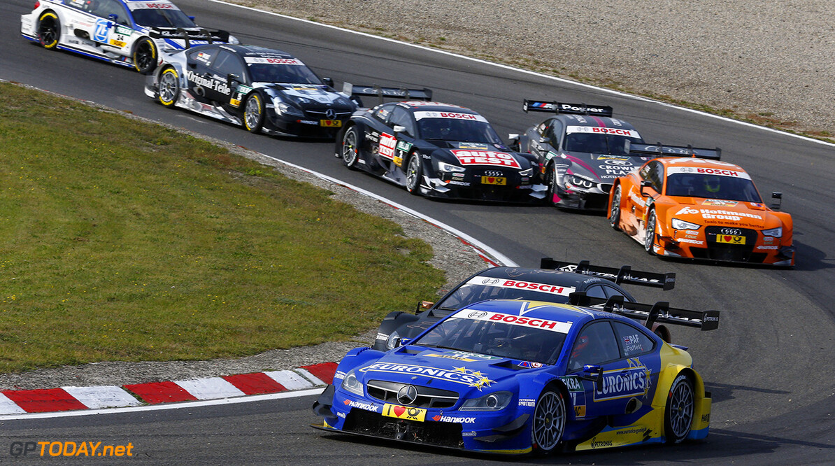 www.hoch-zwei.net 11 Gary Paffett (GB), EURONICS Mercedes AMG, DTM Mercedes AMG C-Coupe  Motorsports / DTM 9. race Zandvoort HOCH ZWEI Zandvoort Netherlands  Partner01 Partner03 Fahrszene - race action    Rennen - race    Aktion - action    Rennszene fahrend Fahrbild faehrt Aktionsfoto Aktionsbild