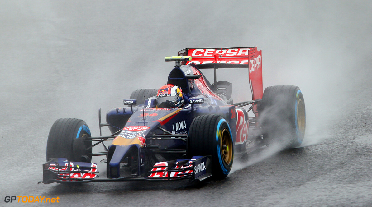 SUZUKA, JAPAN - OCTOBER 05: Daniil Kvyat of Russia and Scuderia Toro Rosso drives during the Japanese Formula One Grand Prix at Suzuka Circuit on October 5, 2014 in Suzuka, Japan. (Photo by Mark Thompson/Getty Images) *** Local Caption *** Daniil Kvyat F1 Grand Prix of Japan Mark Thompson Suzuka Japan