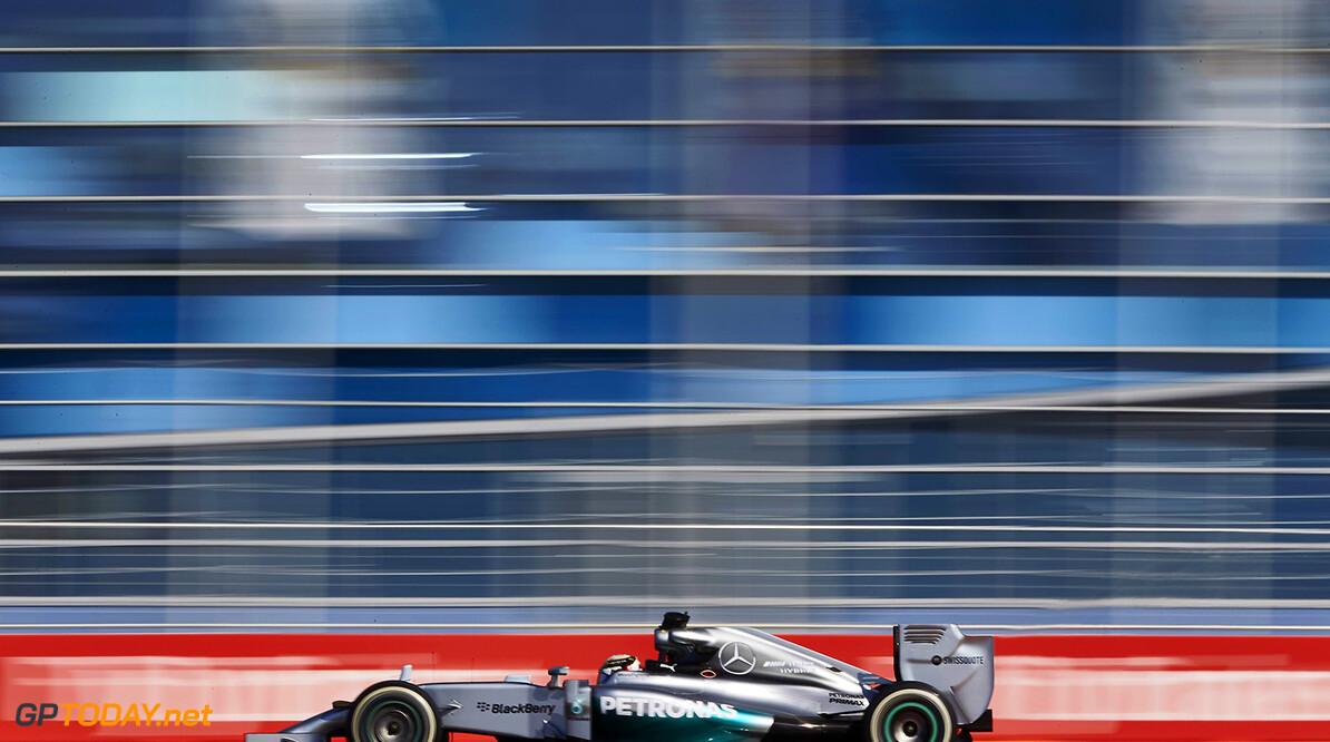 """Hamilton: """"We hebben historie geschreven met Mercedes"""""""