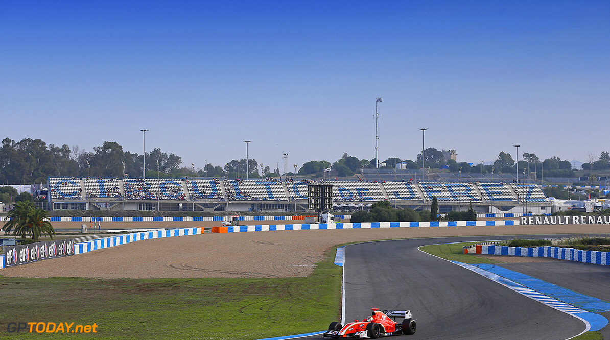 20 AMBERG Zoel (Swi) Formula Renault 3.5 Avf action during the 2014 World Series by Renault from October 17th to 19th 2014, at Jerez, Spain. Photo Alexandre Guillaumot / DPPI AUTO - WSR JEREZ 2014 Alexandre Guillaumot Jerez Spain  2014 Espagne Auto Car CHAMPIONNAT Europe FORMULA RENAULT FORMULES FR FR 3.5 MONOPLACE Motorsport Race RENAULT SPORT series Sport UNIPLACE VOITURES WORLD WORLD SERIES BY RENAULT WSR Octobre October