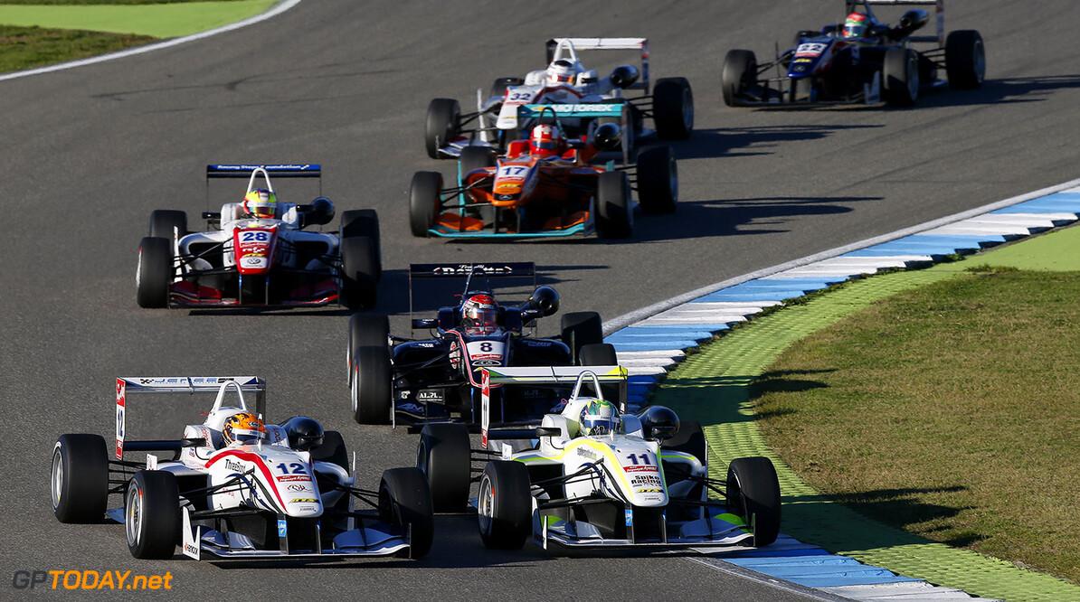 FIA Formula 3 European Championship, round 11, race 2, Hockenhei Start of the race, 12 Alexander Toril (ESP, ThreeBond with T-Sport, Dallara F312 - NBE), 11 Richard Goddard (AUS, ThreeBond with T-Sport, Dallara F312 - NBE), FIA Formula 3 European Championship, round 11, race 2, Hockenheim (GER) - 17. - 19. October 2014 FIA Formula 3 European Championship, round 11, race 2, Hockenheim (GER) Thomas Suer Hockenheim Germany