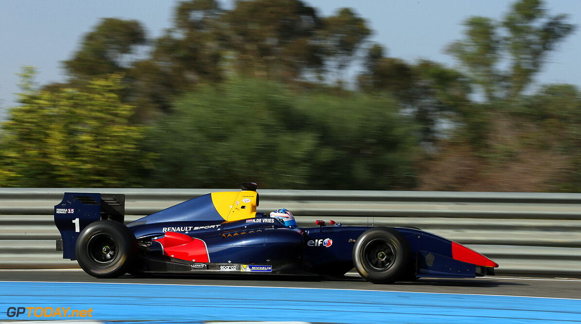 01 Nick De Vries (Ned), Dams (Fra), Action during the 2014 World Series by Renault 3.5 Tests from October 21th to 22th 2014, at Jerez, Spain. Photo Jorge Cunha  / DPPI AUTO - WSR 3.5 TESTS JEREZ 10/ 2014 JORGE CUNHA Jerez Espagne  2014 Auto Car CHAMPIONNAT ESPAGNE Europe FORMULA RENAULT FORMULES FR FR 3.5 MONOPLACE Motorsport OCTOBER OCTOBRE Race RENAULT SPORT series Sport UNIPLACE VOITURES WORLD WORLD SERIES BY RENAULT WSR TEST TESTS ESSAI ESSAIS