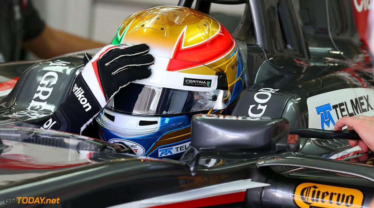 Brazilian GP Friday 07/11/14 Esteban Gutierrez (MEX) Sauber F1 Team.   Autodromo Jose Carlos Pace.  Brazilian GP Friday 07/11/14 Jad Sherif                       Interlagos Brazil  F1 Formula 1 One 2014 pits Gutierrez Sauber