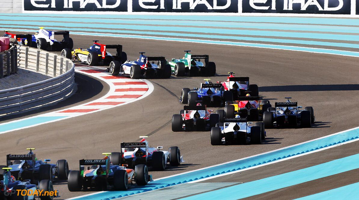 2014 GP2 Series. Round 11.   Yas Marina Circuit, Abu Dhabi, United Arab Emirates. Sunday 23 November 2014. The rest of the field. Photo: Zak Mauger/GP2 Series Media Service. ref: Digital Image _L0U7723   Zak Mauger    Race Two 2 Sprint