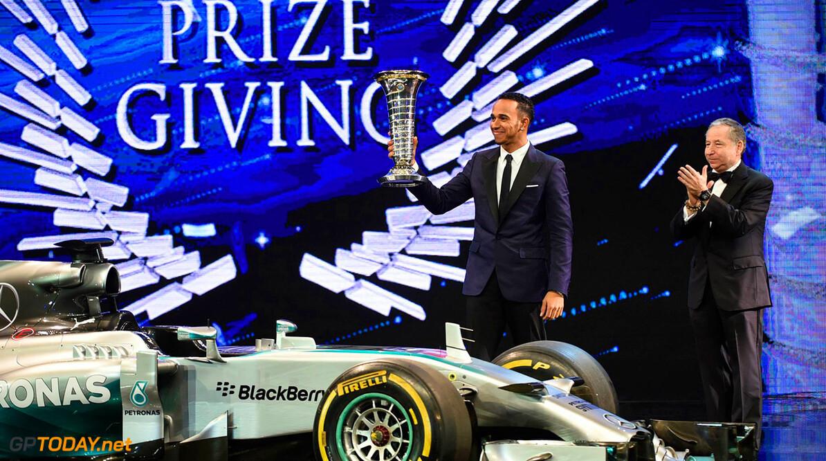 """Hamilton: """"Ik heb nog zeven jaar Formule 1 in me"""""""