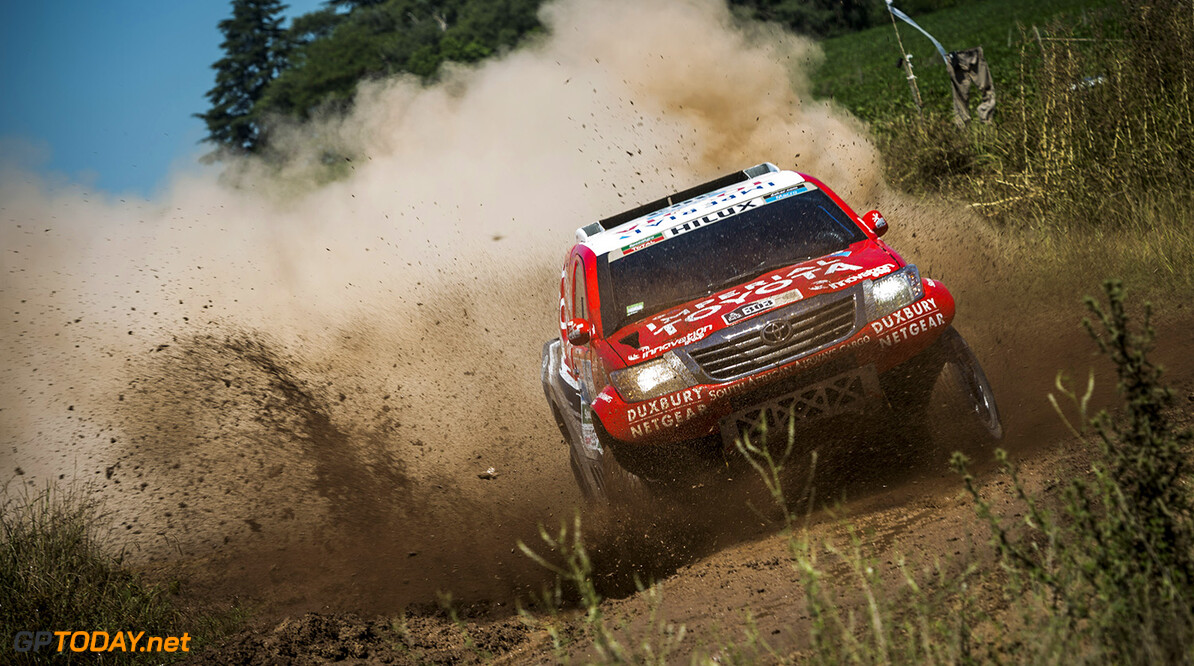 Giniel De Villiers races during the 1st stage of Rally Dakar 2015 from Buenos Aires to Villa Carlos Paz, Argentina on January 4th, 2015 // Marcelo Maragni/Red Bull Content Pool // P-20150104-00117 // Usage for editorial use only // Please go to www.redbullcontentpool.com for further information. //  Giniel De Villiers - Action     P-20150104-00117