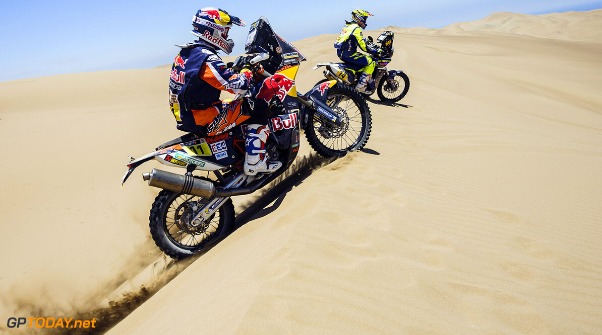 Ruben Faria races during the 6th stage of Rally Dakar 2015 from Antofagasta to Iquique, Chile on January 9th, 2015 // Marcelo Maragni/Red Bull Content Pool // P-20150109-00349 // Usage for editorial use only // Please go to www.redbullcontentpool.com for further information. //  Ruben Faria - Action     P-20150109-00349