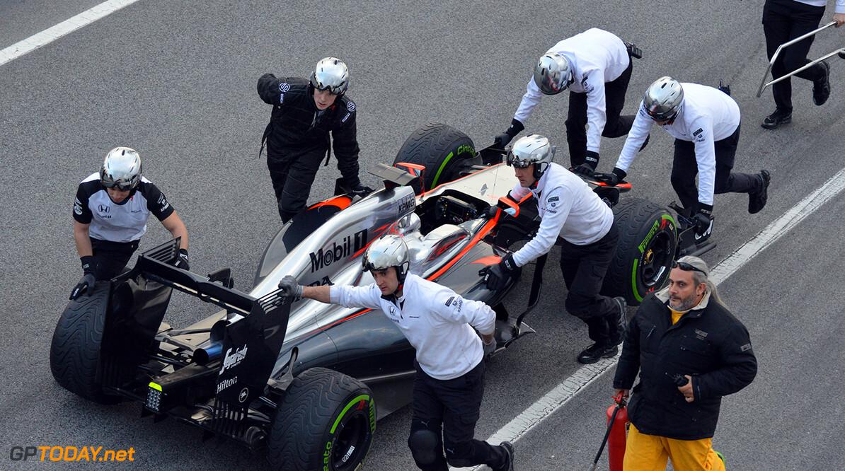 <strong>Bouiller -</strong> Honda Power Unit is Costing Mclaren 2 Seconds Per a Lap