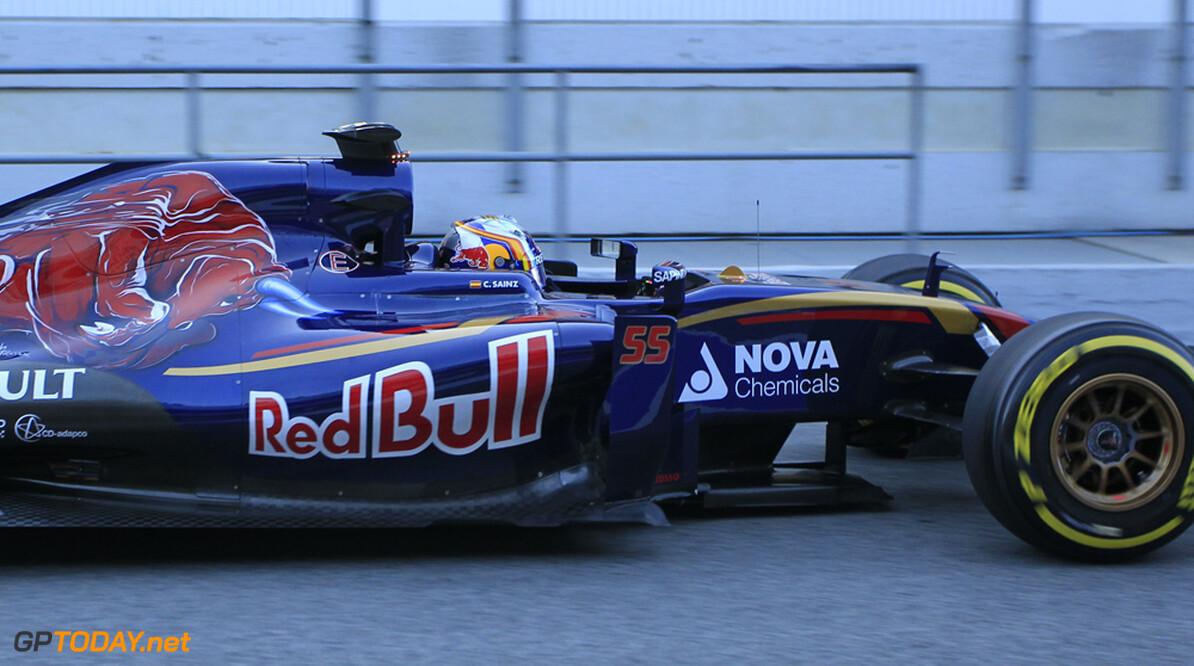 Testupdate: Sainz voert stand aan, Alonso crasht
